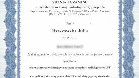 dr Julia Rzeszowska 12