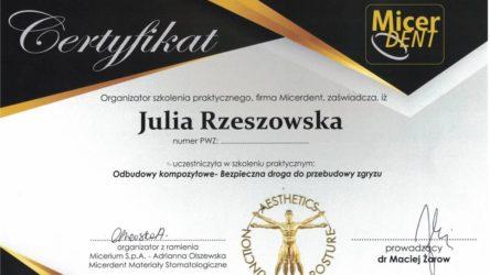 dr Julia Rzeszowska 8