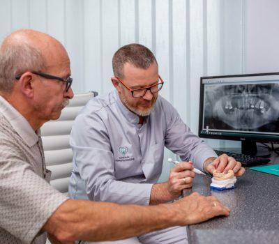 Jak dbać o protezę zębową? 1
